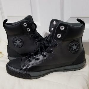db5581ccabb Converse Combat boots